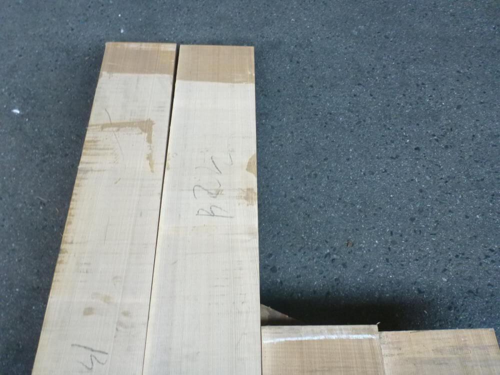 ブラックアッシュ 18ミリ 薄板 柾目 自家工場製材