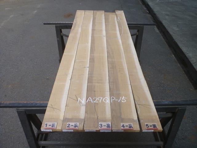 ナラ 27ミリ 柾目板