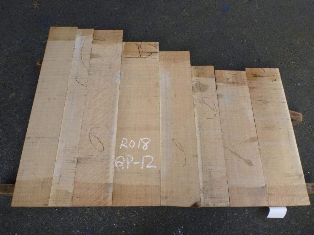 ノーザン・レッドオーク 18mm 柾目 自家工場製材