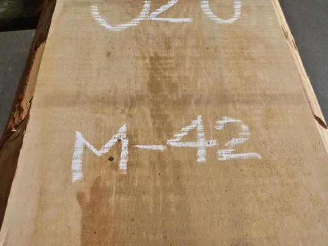 マカバ 両耳付き板 M-42