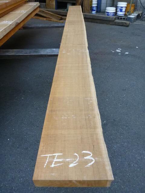 チ-ク 片耳付き 柾目板 TE-23