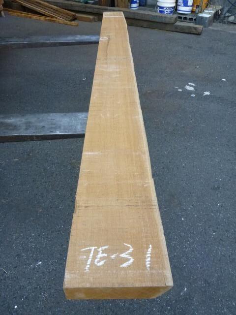 チ-ク 片耳付き 柾目板 TE-31